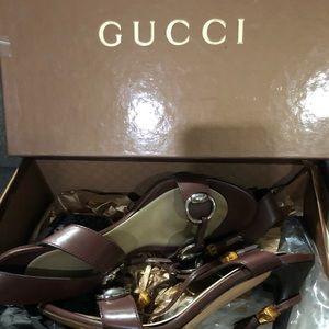 Gucci heels brown